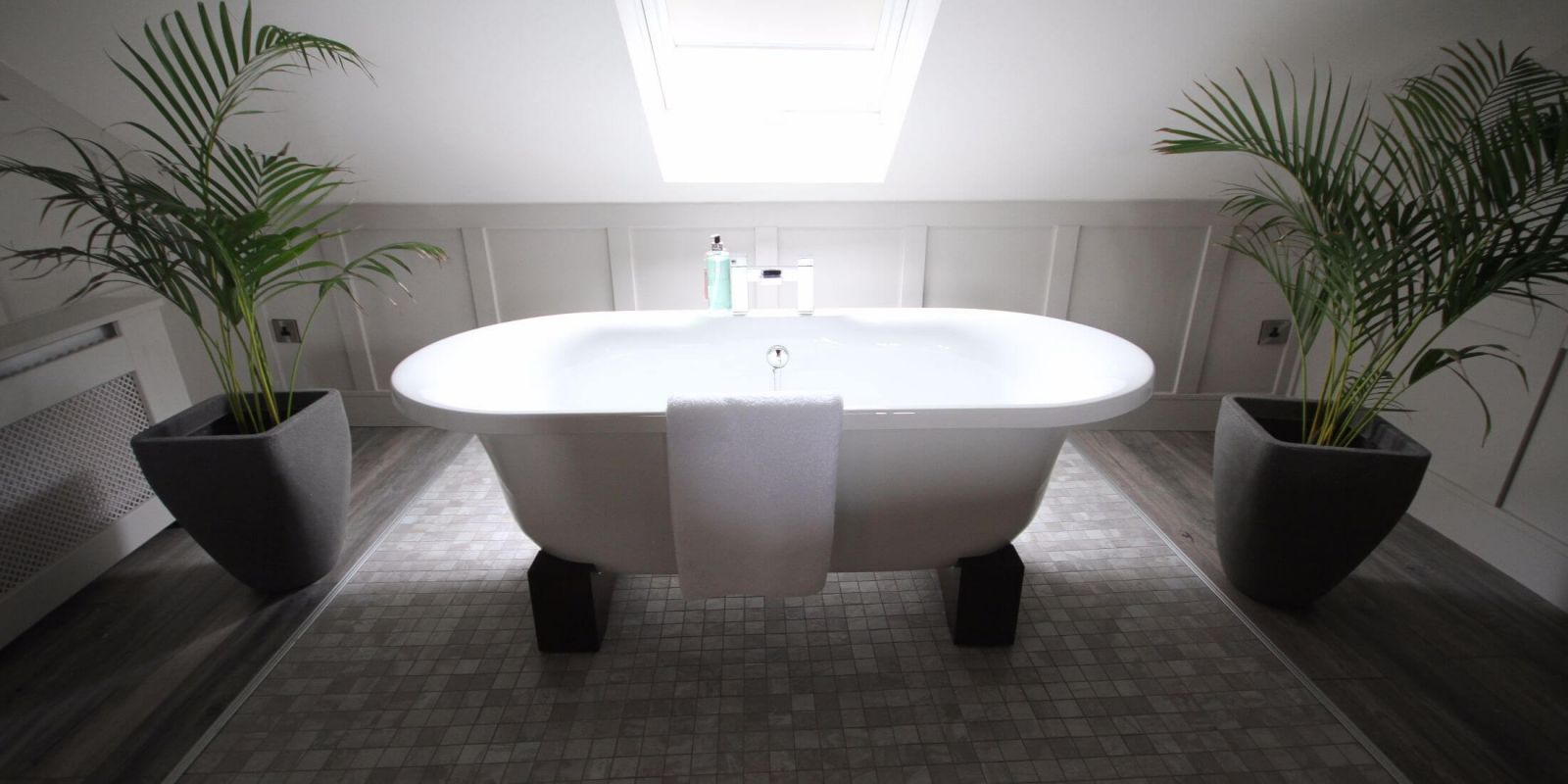 Quinlan and Cooke Boutique Townhouse - Skellig Suite Bath