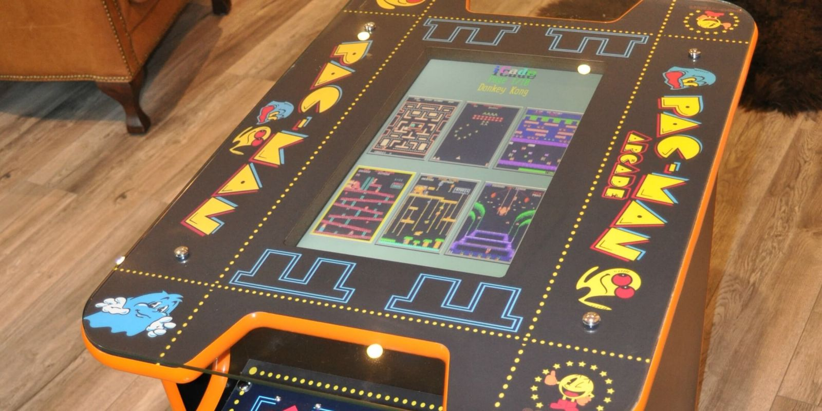 Quinlan and Cooke Boutique Townhouse - Pacman Machine